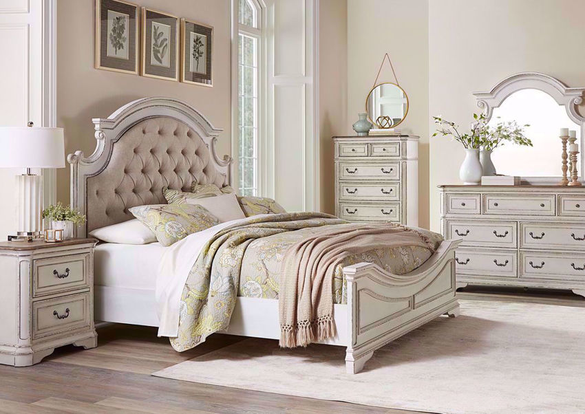 Stevenson Manor Queen Size Bedroom Set White