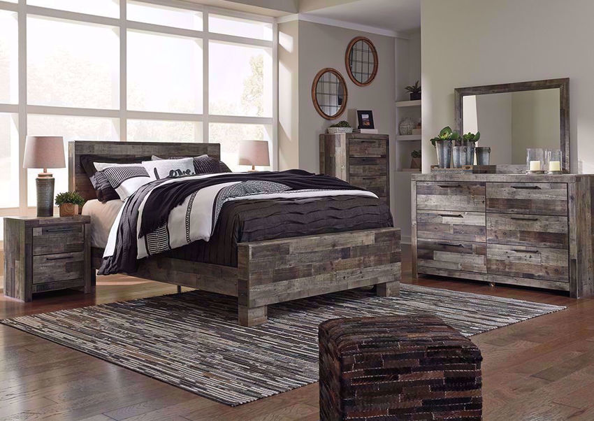 Derekson Queen Size Bedroom Set Gray Brown