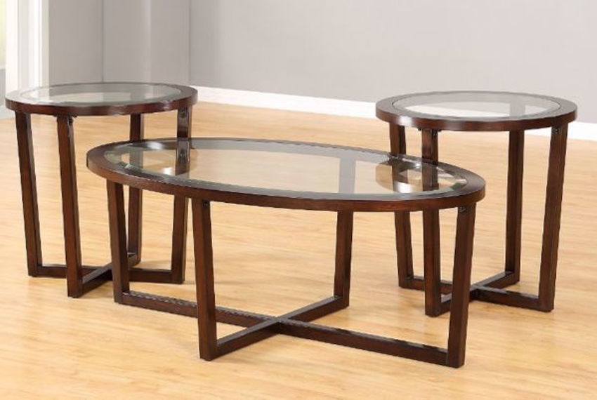 Brown Chelsea Coffee Table Set by Simmons Upholstery in a Room Setting | Home Furniture Plus Mattress