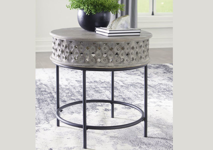Room Shot of the Rastella End Table with Light Gray Top and Matte Black Base | Home Furniture Plus Bedding